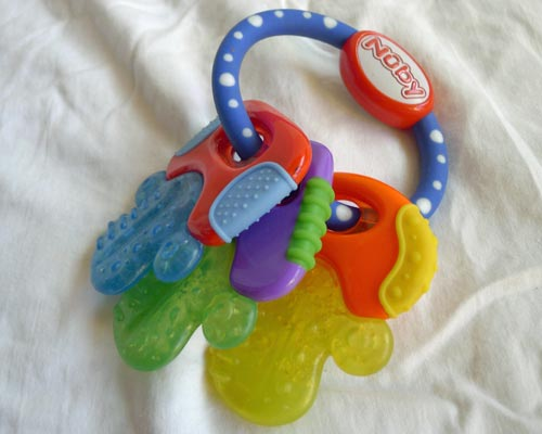 baby-teething-key-ring